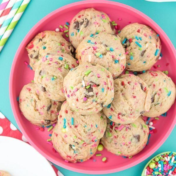 Modern Christmas Sprinkle Cookies - Merry & Bright Sprinkles - Christmas Sprinkles