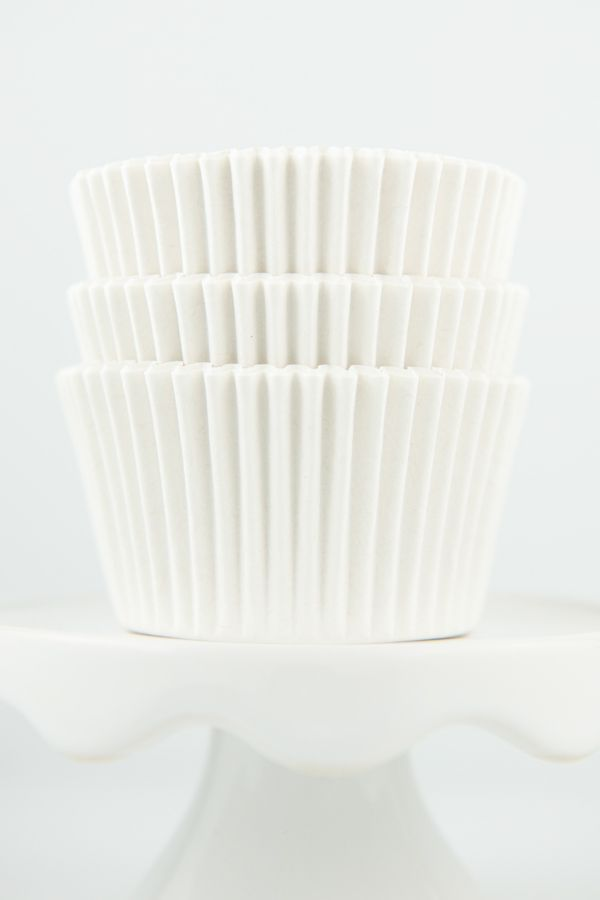 White Cupcake Liners - Solid White Baking Cups - Solid Color Cupcake Cups