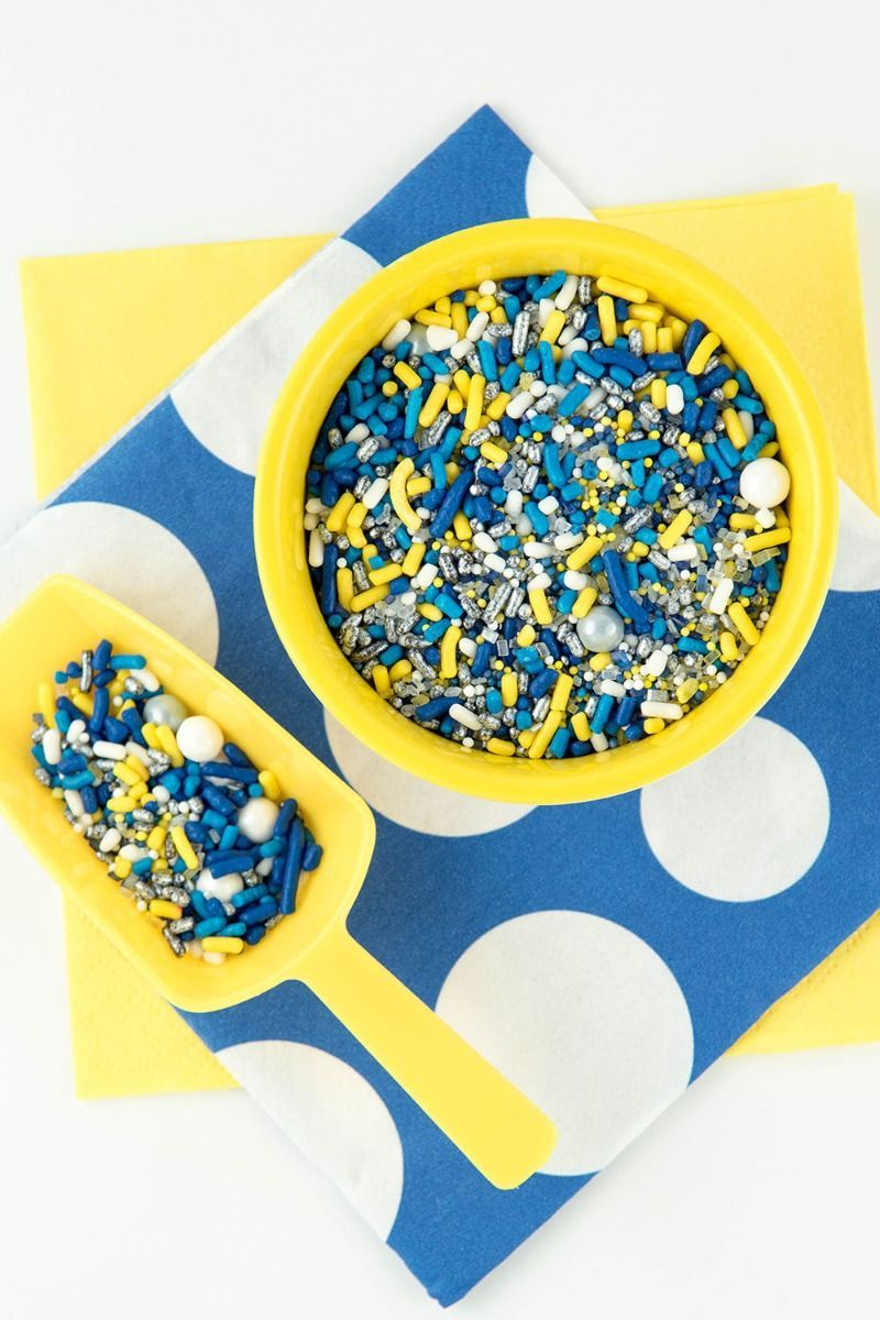 Custom Sprinkles for Minion Party