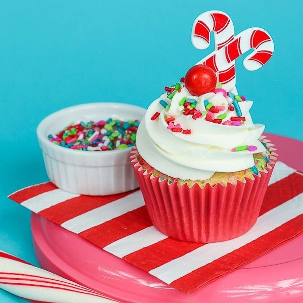 Modern Christmas Cupcakes - Merry & Bright Sprinkle Mix