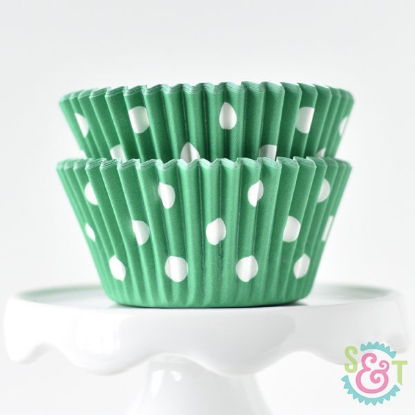 Dot Cupcake Liners: Green