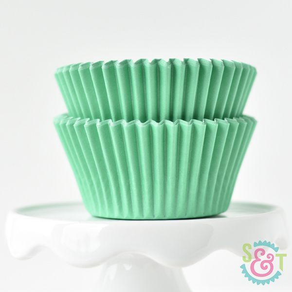 Solid Cupcake Liners: Light Green