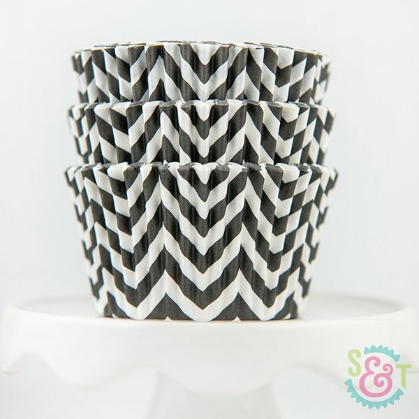 Chevron Cupcake Liners: Black