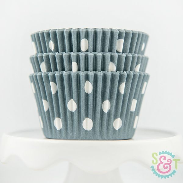 Dot Cupcake Liners: Gray