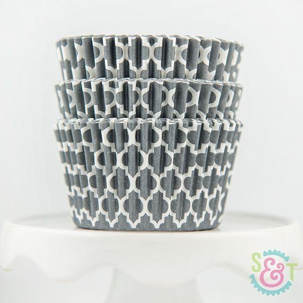 Quatrefoil Cupcake Liners: Gray