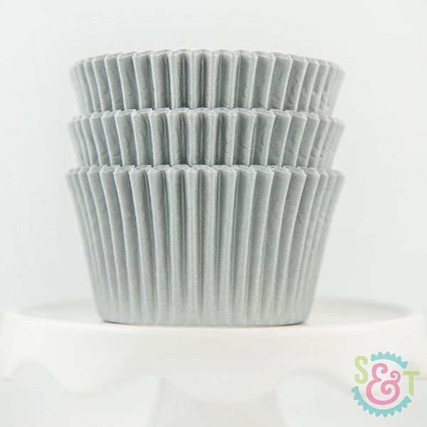Solid Cupcake Liners: Silver