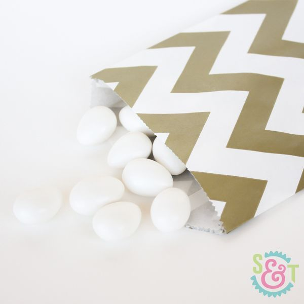 Chevron Goodie Bags: Gold Metallic