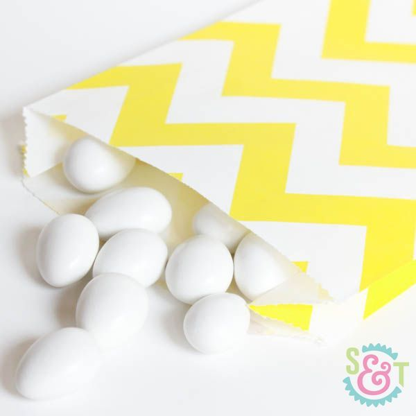 Chevron Goodie Bags: Yellow