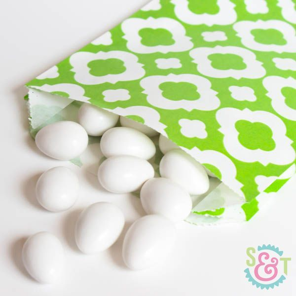 Quatrefoil Goodie Bags: Lime Green