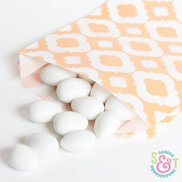 Quatrefoil Goodie Bags: Peach
